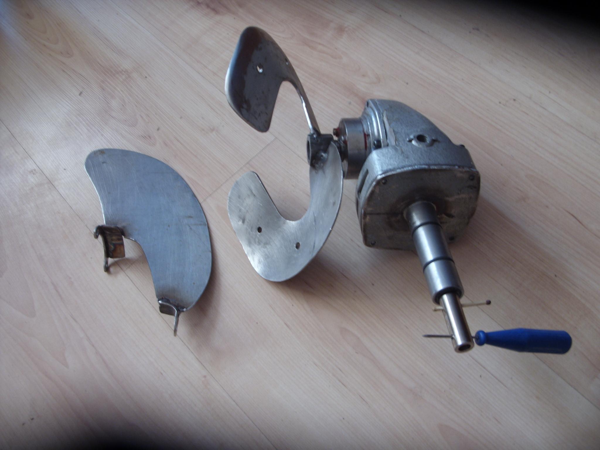 угловой редуктор на лодочный мотор